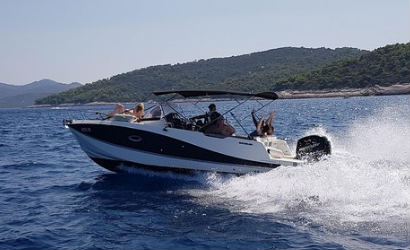 Water taxi Split airport to Hvar island